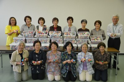 広島市・「手作りお手玉」を贈る