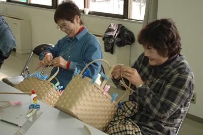 広島北部・カゴバッグ作り1